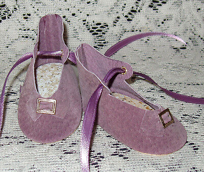"""Handmade Leather Doll Shoes ~ German Style ~ 3"""" x 1 1/2""""   Lavender Suede"""