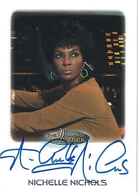 Star Trek of Women: Nichelle Nichols autograph