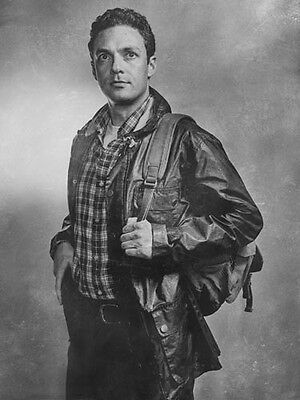 """Ross Marquand [The Walking Dead] 8""""x10"""" 10""""x8"""" Photo 58787"""