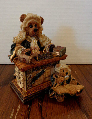 1997 Boyds Bears & Friends figurine -- Judge Griz ... Hissonah -- Style #228303