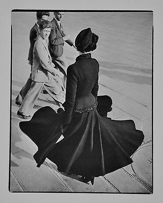 Richard Avedon Limited Edition Photo Lithograph 20x25 Renée Paris 1947 Dior Look