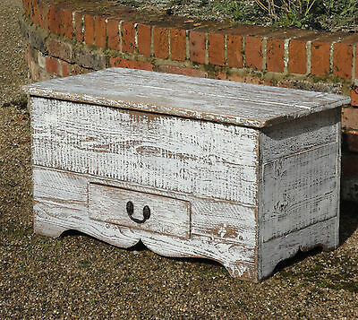 Antique Rustic Old Pine Shabby Chic Painted Storage Chest Trunk Coffee Table