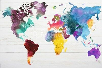 (Laminated) World Map In Watercolour Poster (61X91Cm) New Wall Art Watercolour