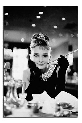 Poster - Audrey Hepburn Breatfast At Tiffany's Black & White - New - Official