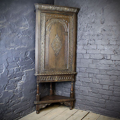 18th Century Hand Carved Oak Corner Cupboard (£650 Ex VAT)