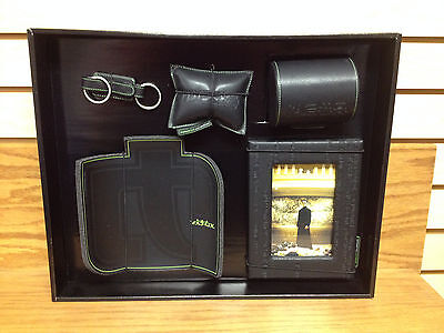 The Matrix EXECUTIVE DESK SET Movie Promo with Picture Frame Keanu Reeves
