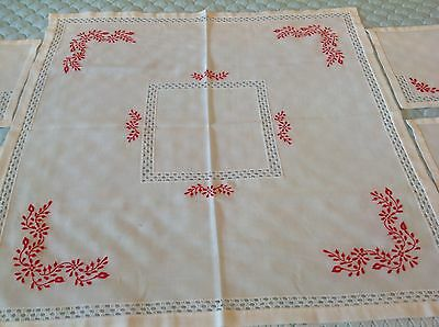 Beautiful hungarian embroidery tablecloth + 4 napkins new. cutwork? madeira?