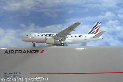 Herpa Wings 1:500 Airbus A319  Air France F-GRXF 527026