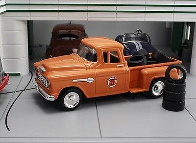 New In Box  1/43 1955 Chevrolet Stepside  Pickup  Phillips 66 with 10 Tires