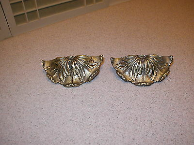 2 Nice Antique Victorian Cast Iron Decorative Handles Door Drawer Pulls Brackets
