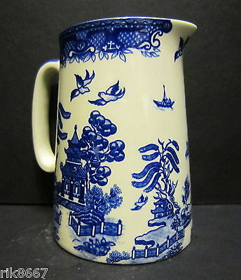 1/2 Pint Milk Jug Willow Pattern By Heron Cross Pottery England