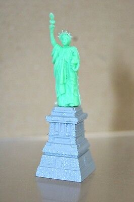 TRIANG MINIC SHIPS M884 STATUE of LIBERTY MINT mv