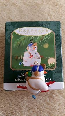 Hallmark 2001 Holiday Flurries Snowman Series Miniature Christmas Ornament