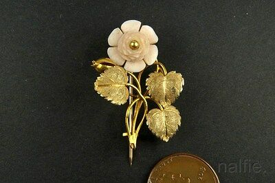 ANTIQUE GEORGIAN PERIOD ENGLISH 15K GOLD CARVED PINK CORAL FLOWER BROOCH c1830