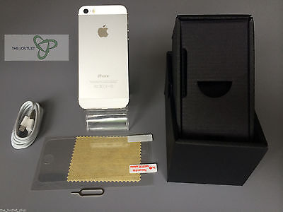 Apple iPhone 5s - 32 GB - Silver (Unlocked)- GOOD CONDITION