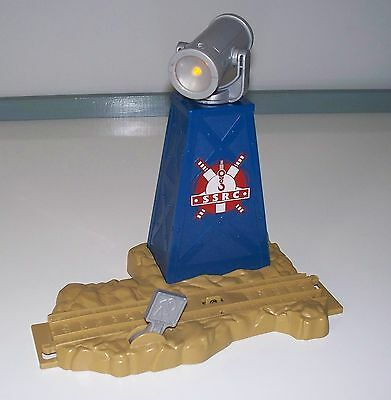 TRACKMASTER Thomas Train SODOR SEARCH & RESCUE SEARCHLIGHT