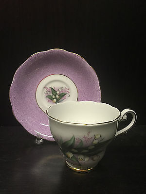 ROYAL STANDARD 2609 Fine Bone China ENGLAND Tea Cup & Saucer LILY OF THE VALLEY