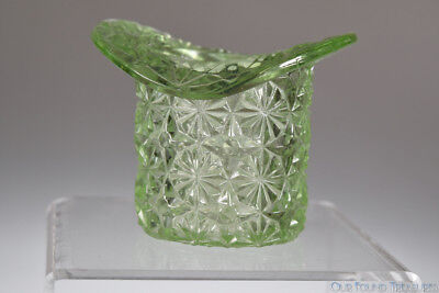 c. 1886 DAISY and STAR by Unknown APPLE GREEN Uranium Hat Form Toothpick Holder