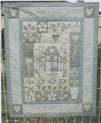 Amberley - applique & pieced wall quilt PATTERN - Gail Pan