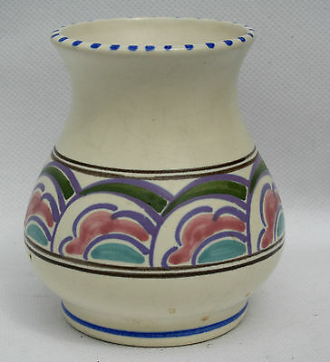 Vintage Honiton Pottery Vase - Eastern Scroll Pattern - 10 cm high.