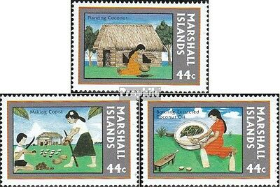 Marshall-Islands 139-141 unmounted mint / never hinged 1987 Kopra-Industry