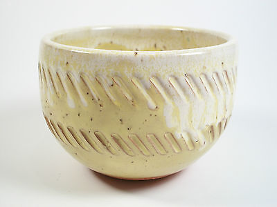 Vintage Studio Pottery Bowl - Incised Decoration - Unsigned - Mid 20th Century
