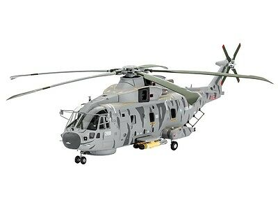 revell 04653 modellbausatz hubschrauber helikopter ec 145. Black Bedroom Furniture Sets. Home Design Ideas