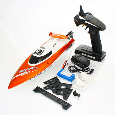 FT009 4ch 2.4G Wireless Remote Control High Speed Racing RC Boat 30km/h Summer