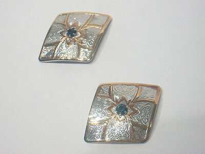 SURI - Vintage Pair of Earrings with Rhinestones - Signed - Circa 1980's