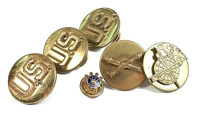 WWII United States Military Buttons + VMC 1109 - Screw & Pin Backs - Circa 1940