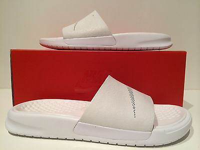 sports shoes 85004 c0455 New Womens NikeLab Nike Benassi Lux Sandal White Size 7 818738 100
