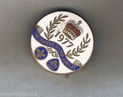 #d257.  1977 Scouts & Guides Queen's  Silver Jubilee   Lapel  Badge