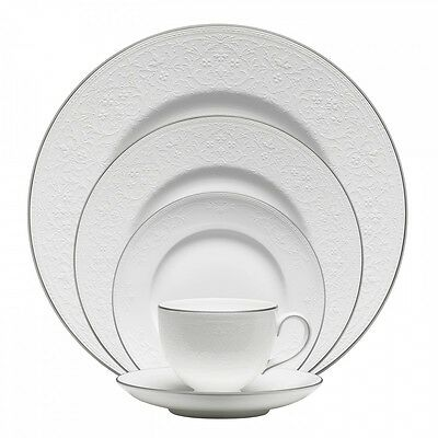 Wedgwood English Lace 5Pc Place Setting