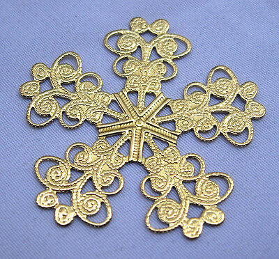 Flower Stamping Filigree Raw Brass Findings for Fashion Design bf095 (8pcs)