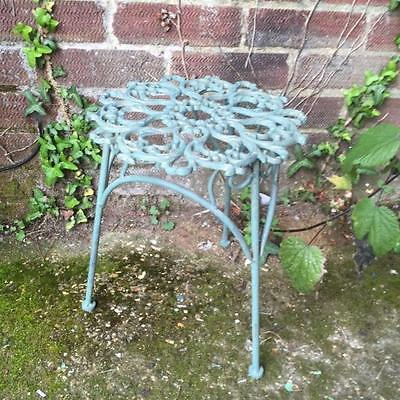 New VINTAGE STYLE VERDIGRIS METAL POT / PLANT STAND by GISELA GRAHAM Home Gift