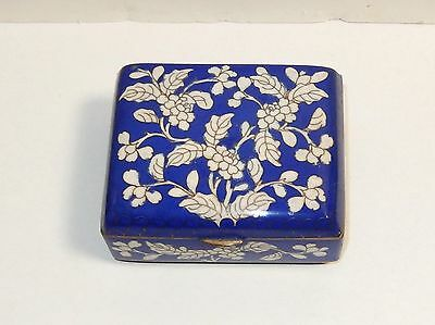Old Chinese Cloisonne Blue Enamel White Floral Humidor Footed Jar Box