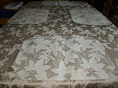 Leaf Patterned Cloth Tablecloth with 4 Matching Placemats - Used - Beige