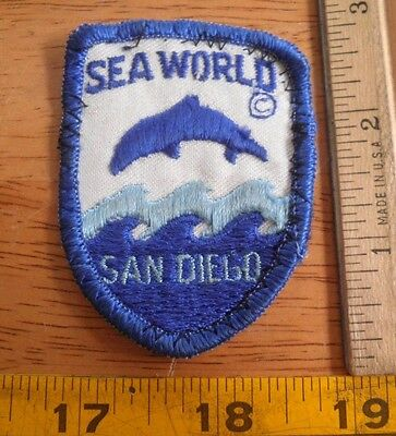 1970's VINTAGE Sea World killer whale patch San Diego