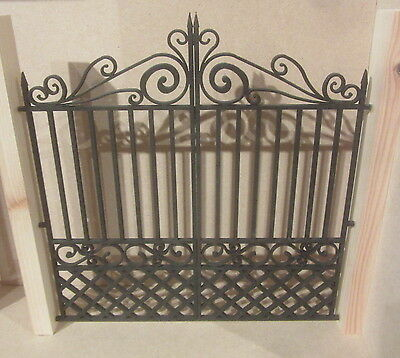 Dolls House DIY   Double Gate  DHD39  Unpainted  Posts not included