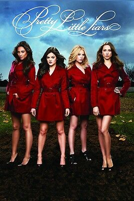 Pretty Little Liars Red Coats-Licensed POSTER-90cm x 60cm-Brand New