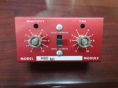 Banner MB5 M1 Modulated Photoelectric Amplifier NEW