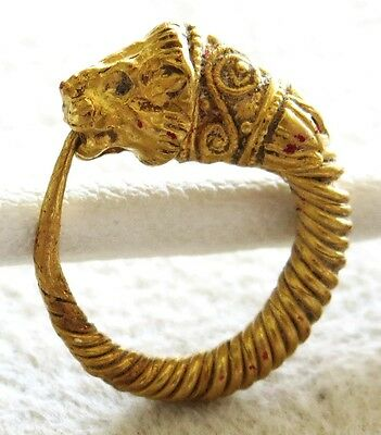 HELLENISTIC CLASSICAL GREECE  GOLD ca.4th CENTURY BC SPIRAL LIONHEAD EARRING