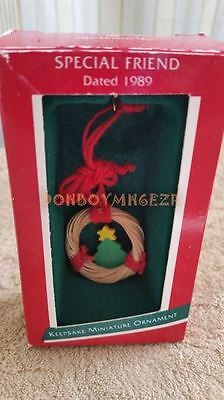 Hallmark 1989 Special Friend Miniature Christmas Ornament