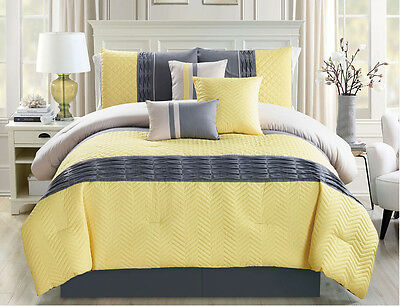 11 Piece Chevron Quilted Pleat Yellow/Gray Bed in a Bag Set