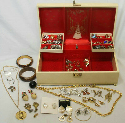 """Vintage 14""""x8"""" Dancer Ballerina Jewelry Box With Necklaces Earrings Full Lot"""