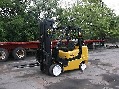 2009 Yale 8000 Lb Forklift with Side Shift , Triple Mast Cushion Tires 94/207