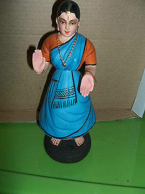 vintage TRIPLE NODDER WOMAN BLUE SARI PRESSED PAPIER MACHE CLAY