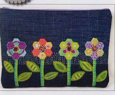 PATTERN - Zinnia Zip Bag - applique & pieced bag PATTERN - Sue Spargo