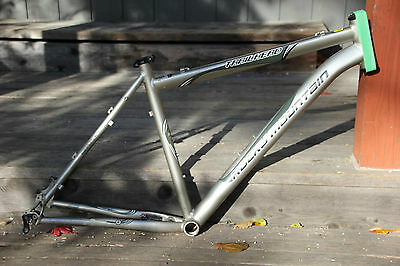 Rocky Mountain Trailhead Large 19 inch 26er 650B 27.5 XC Hardtail Frame Canadian
