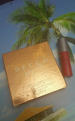 Becca x Jaclyn Hill Shimmering Skin Perfector Pressed Champagne Pop